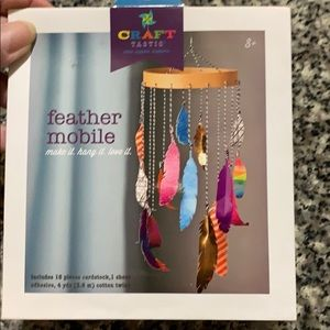 Craft Tastic Feather Mobile. NWT.